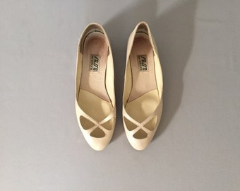 criss cross leather flats | cream white flats | 7