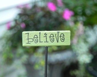 Miniature Fairy Garden Sign Believe fairy accessories miniature accessory terrarium supply sweet pea green wooden handcrafted