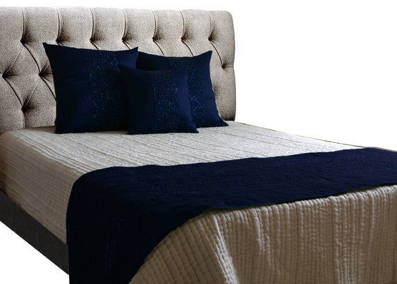 bedding set navy blue pillow covers quilt bed runner set. Black Bedroom Furniture Sets. Home Design Ideas