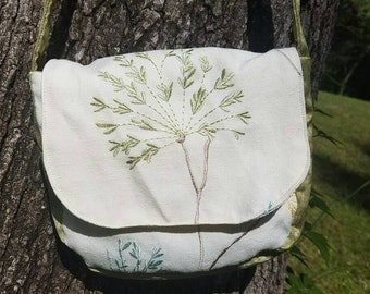 Cream Purse with Floral Embroidery and green sateen accents and interior