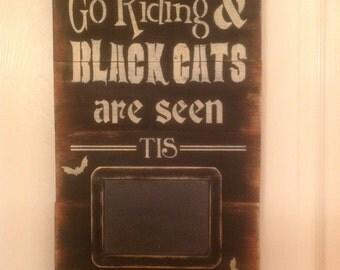 Pallet wood Halloween chalkboard plaque