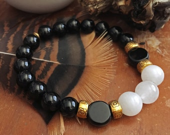 FERTILITY Jade, Onyx, and Jet Meditation and Healing Bracelet