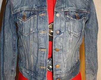 Levi's Denim Jean Jacket Distressed