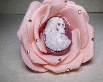 Pink flower skull hair clip