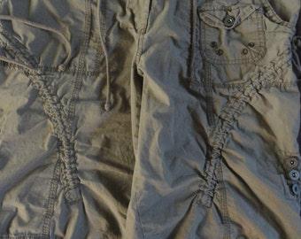 Cargo Shorts . EM . Driftwood . Junior Plus Size 17 . NobleDesigns4U . Size 16 18 18W . Plus Shorts