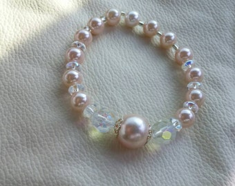 Peach and Faux Pearl Stretchable Beaded Bracelet Costume Jewelry Fashion Accessory