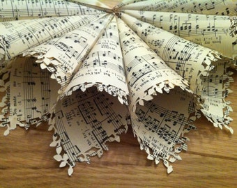 Music Sheet confetti cones/ favour with leaf/lace punch trim...Handmade, vintage style.
