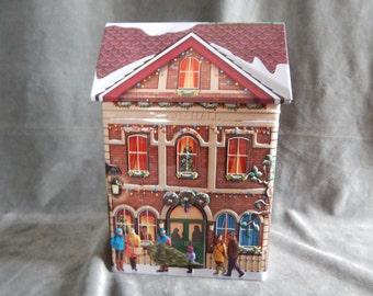 Vintage 1980 Town Hall Christmas Tin