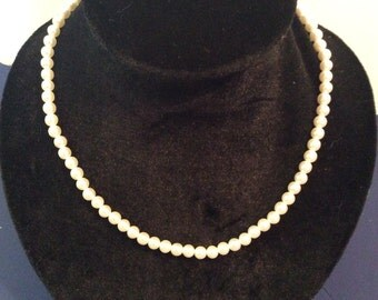 Pearl beaded necklace 18 in
