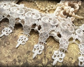 Tresors  White  Venice Lace Trim, Beautiful Vintage, Lace Appliques, Bridal Gowns, Couture Gowns, Dresses, Crafting MA-010