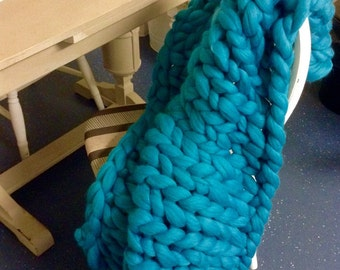 SALE! Super chunky knit merino wool blanket 40x82 inches. 60+ colours available
