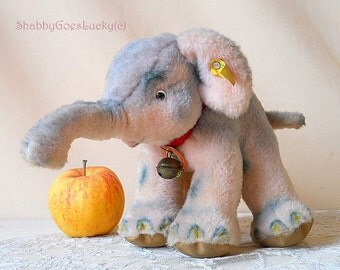 Steiff elephant Cosy Trampy, vintage 1965 - 67, standing Dralon plush elephant with open mouth, all Steiff ID's, excellent condition