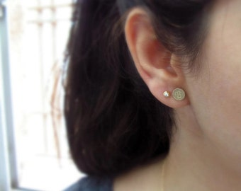 Gold earrings. Initial earrings. Letter earrings. Personalized earrings. Post earrings. Gold stud earrings. Initials gold earrings. Gifts