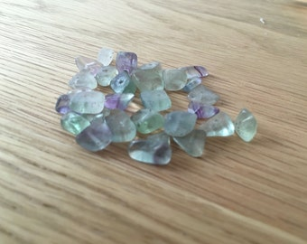 30 x Fluorite Chip Beads