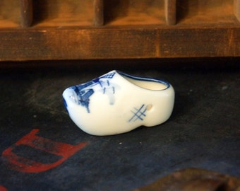 Vintage Holland Souvenir Ceramic Shoe