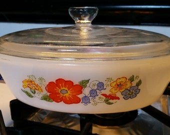 Casserole Glasbake Floral White Covered Vintage