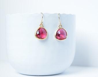 Gold plated earrings Ruby Red Fuchsia, earrings Red glass, Wedding, Red Fuschia Earrings, Dangle Red, Fuschia Dangle