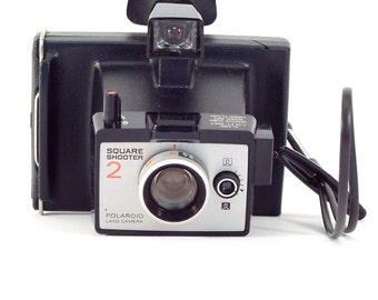 Vintage Camera Polaroid Square Shooter 2 Land Camera with Strap