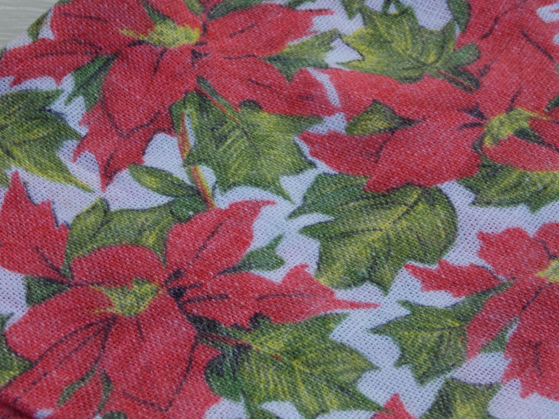 SALE!! Napkins Set of Six Vintage Christmas Holiday Poinsettia Napkins