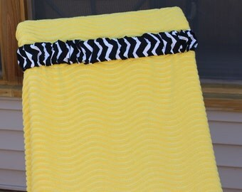 Black Chevron Cinch. Great chair holder. Travel gift idea.Cruise accessory. Beach towel holder. Pool. Camping accessory. Vacation. Resort.