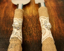 Wedding Cake Server and Knife, Burlap and Lace Wedding Cake Cutter, Western wedding cake cutter, Ivory lace and ribbon, Burlap wedding decor