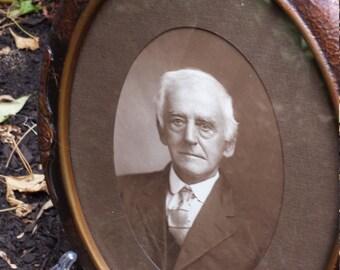 vintage 20's oval framed photograph