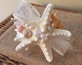 Xo bouquets corsage seashell