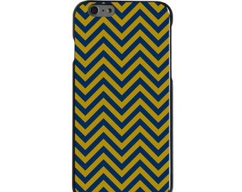 Hard Snap-On Case for Apple 5 5S SE 6 6S 7 Plus - CUSTOM Monogram - Any Colors - Notre Dame ND Fighting Irish Colors - Chevron Pattern