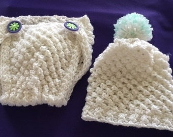 HAND KNIT BABY Set, Diaper Cover Matching Hat.