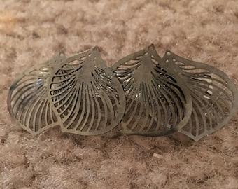 Silver leaf barrette