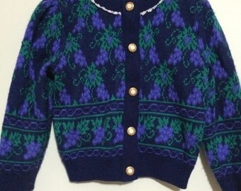 Classy Grape! Vintage 3T sweater