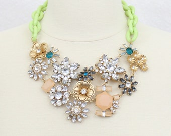 Cluster Flower Statement Necklace Chunky Rhinestone Floral Bib Necklace Large Flower Necklace Golden Flower Necklace