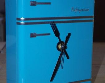 clock vintage fridge