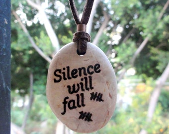 Silence wil fall DOCTOR WHO Natural Beach Stone Pendant Engraved Beach stone pendant
