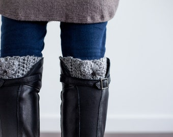Crochet Pattern Bow Boot Cuffs PDF: The Ana Boot Cuffs