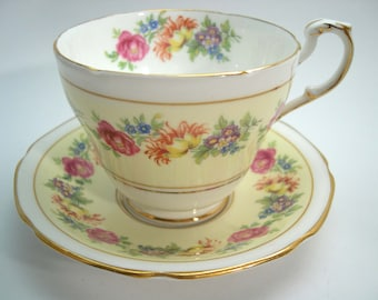 Yellow Paragon Tea cup And Saucer, Double Warrant Paragon, Yellow Floral Tea cup set.