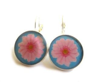 PINK FLOWERS EARRINGS - Gift for her - Gift earrings - gift for women - bead jewelry - birthday gift - womens gift - girlfriend gift