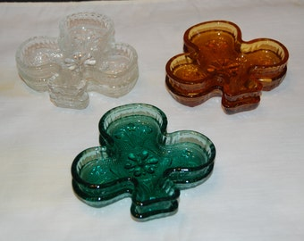 Vintage Sandwich Glass Club Shape, Choice of amber, green, light green, clear, Club Dish, Nut  Candy Dishes, Ash Tray Trinkets in Green
