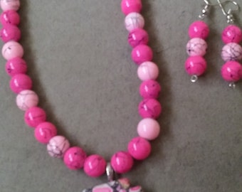 Pink and Black Abstract Necklace Set
