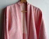 Kimono jacket - Japanese vintage - silk - light pink - traditional Japanese motifs - WhatsForPudding #1299