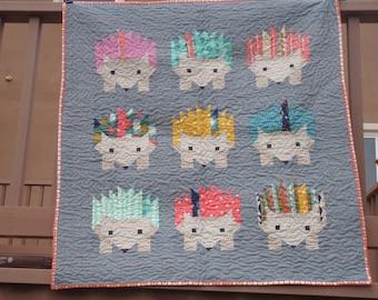 Hazel Hedgehog Elizabeth Hartman Baby Quilt Kit with Modern Cotton and Steel Fabrics