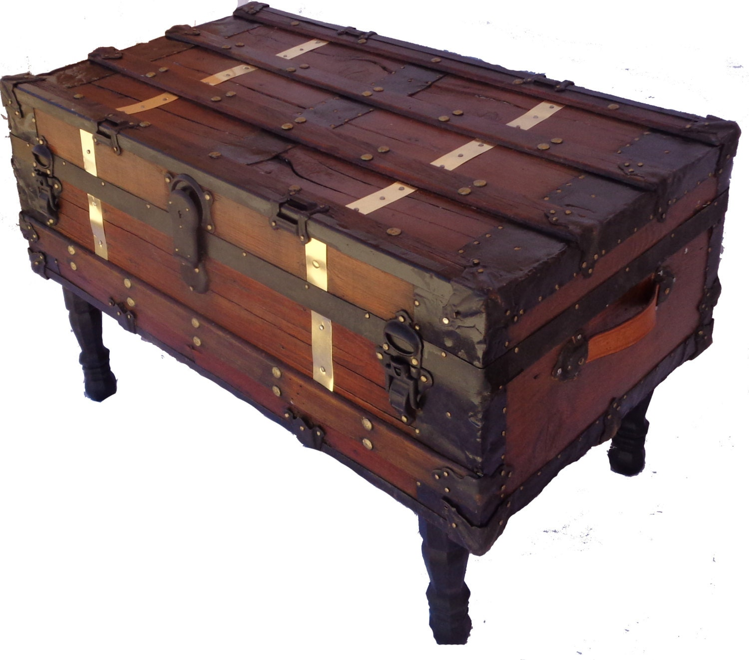 antique steamer trunk coffee table. Black Bedroom Furniture Sets. Home Design Ideas