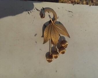 Vintage Gold Color brooch