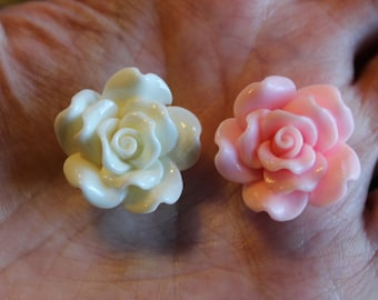 4 rose resin beads, 2 pink and 2 off white, 24 x 13 mm, hole 1.5 mm