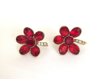 1950s Red Rhinestone Flower Earrings Screw Back