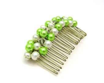 Bridal Haircomb,Pearl Haircomb,Pearl Hair Comb, Bridesmaids Hair comb,Crystal Beads Green and Ivory Haircomb, Green Pearl Comb