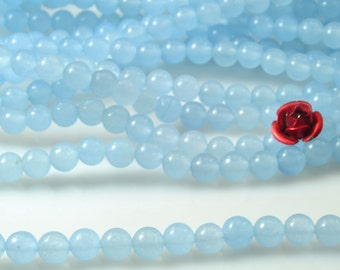 92 pcs of Natural  Blue Jade smooth round beads in 4mm