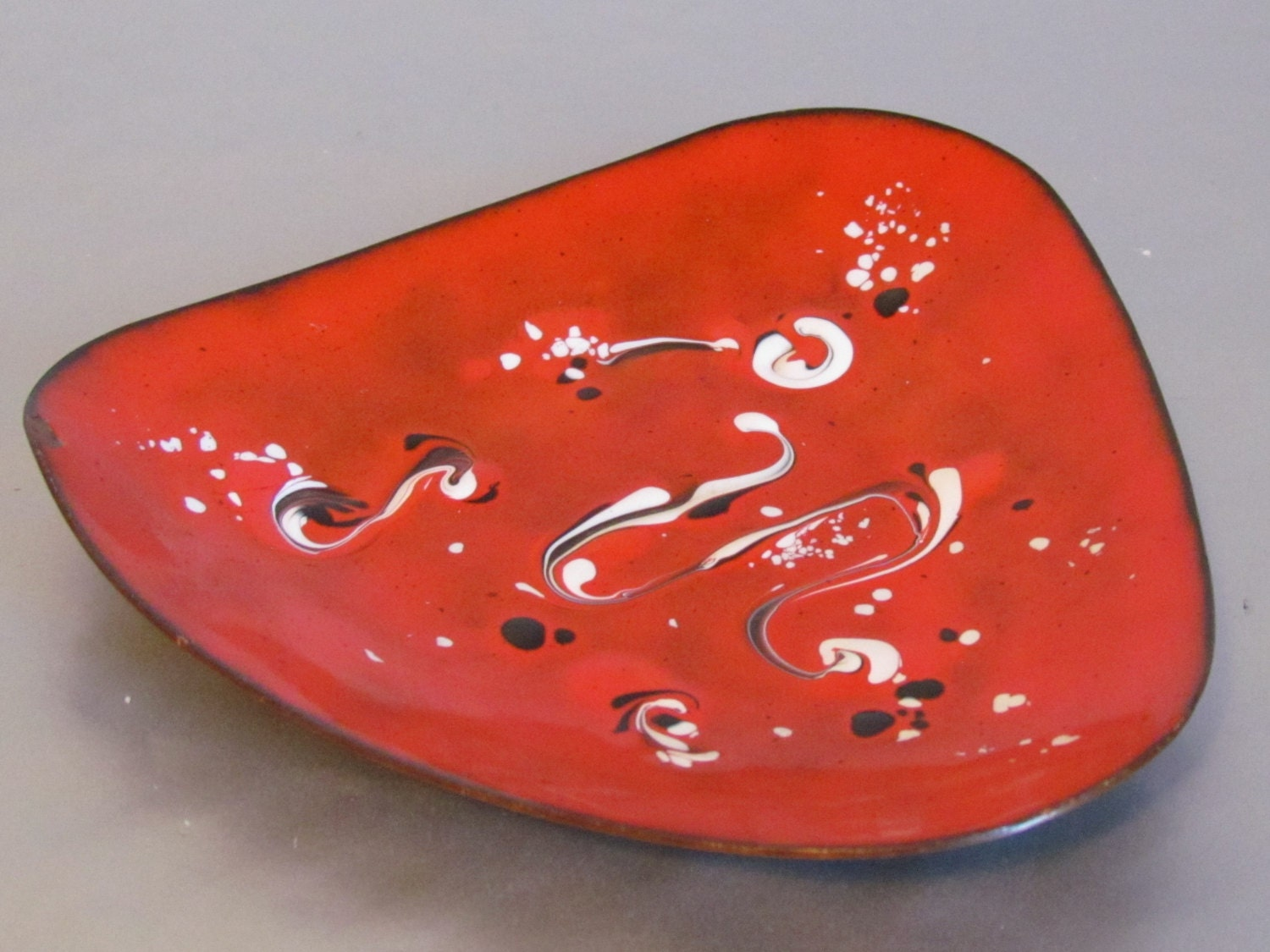 Vintage red and black abstract miro inspired copper enamel for Funky canape trays