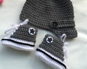 Baby Converse booties & hat