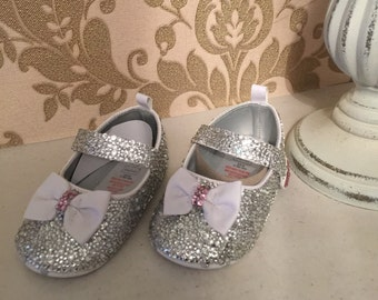 Gorgeous girls crystal sandals